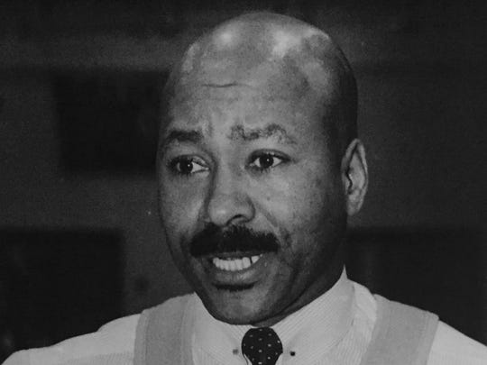 Lakewood coach John Richardson, shown in 1988, won 400 games with the Piners.