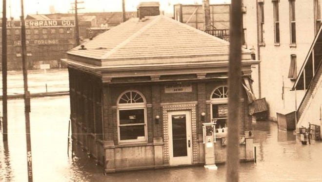Comfort Station, about 1930