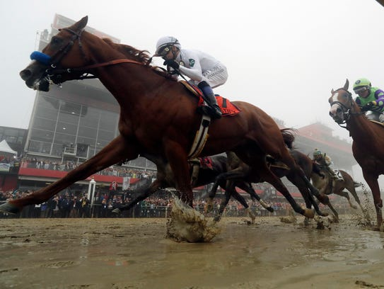Justify wins the Preakness.