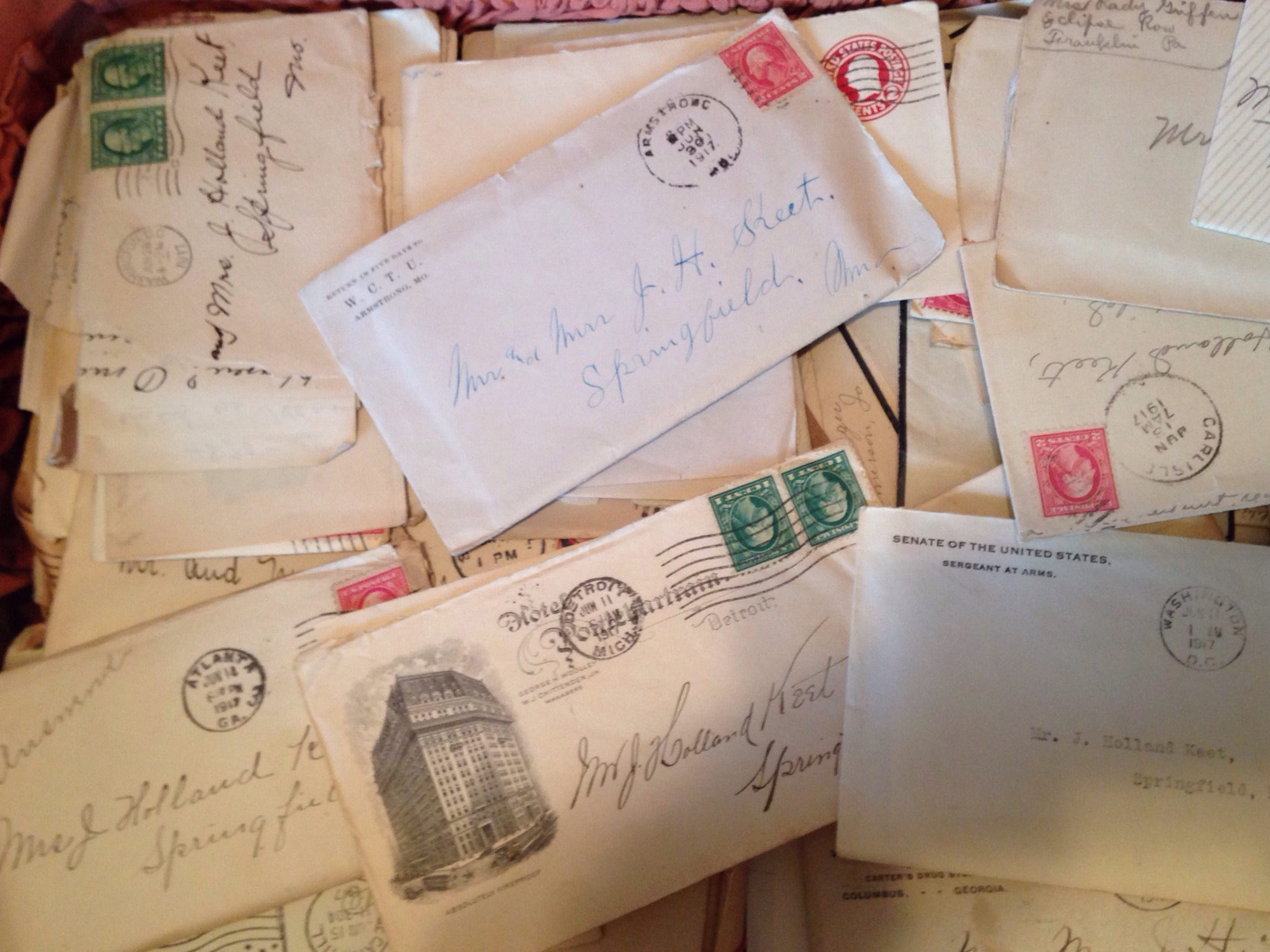 The parents of the dead baby received letters of sorrow
