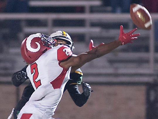 Manual wide receiver Marcis Floyd just misses making