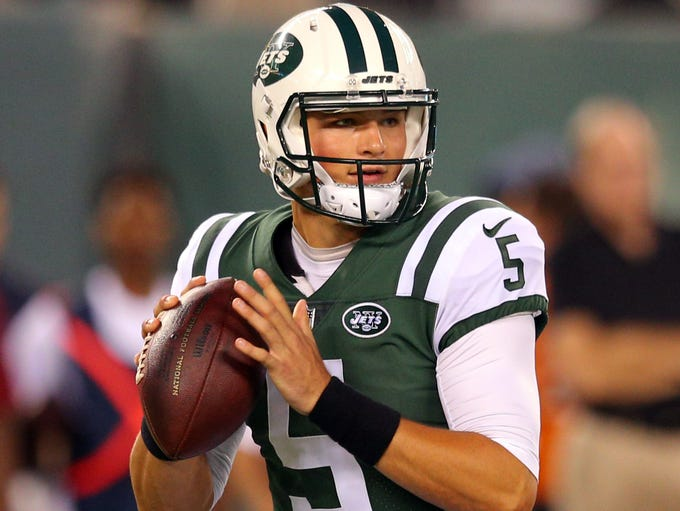 New York Jets quarterback Christian Hackenberg (5)