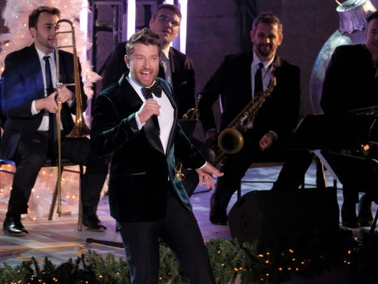 Brett Eldredge performs during the 85th annual Rockefeller