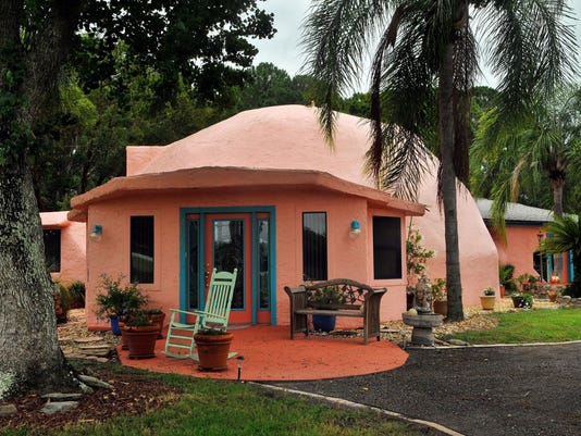 coolest homes PINK DOME HOME COCOA