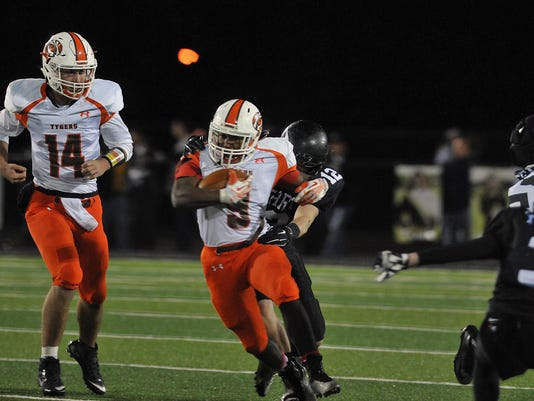 Football: Mansfield Senior at Massillon Perry