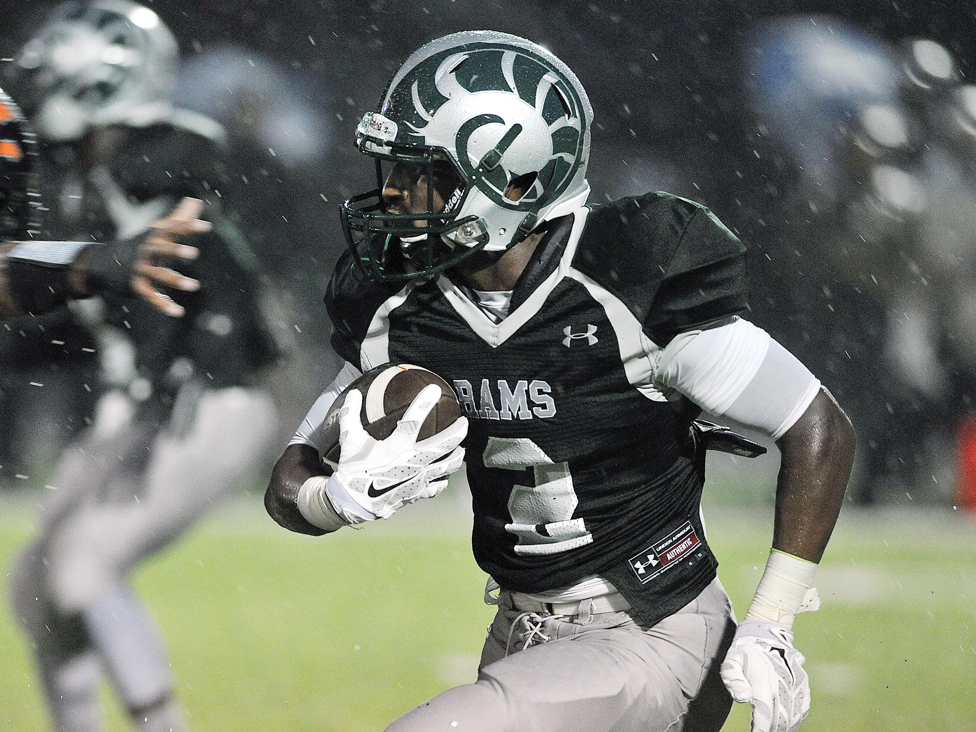 Madison's Tyrell Ajian makes a run during their game against Mount Vernon. Ajian was named second-team All-Ohio as a wide receiver.