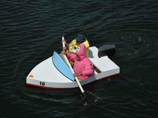-dcn 0730 dc boat fest spongebob sikaflex.JPG_20140725.jpg
