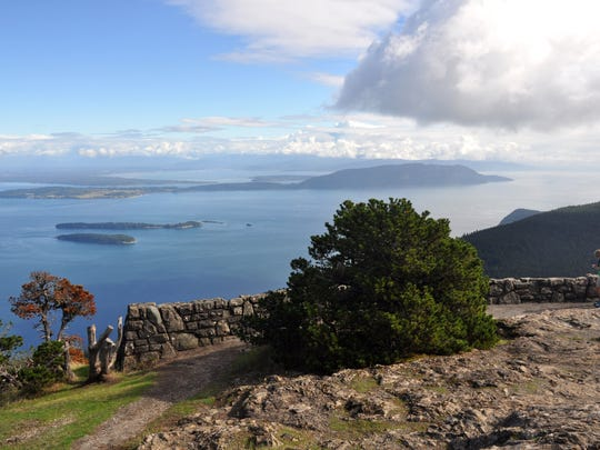 Moran State Park's highest point at 2,409 feet, Mt. Constitution, has several difficult trails, but most visitors drive there on a switchbacking paved road.