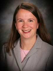 Carlee Alm-LaBar will challenge incumbent mayor-president Joel Robideaux for his seat in the fall.