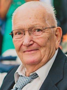 Rodney R. Davies, 92