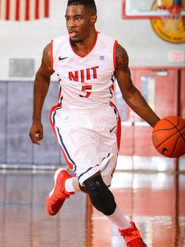Union Catholic H.S. grad Damon Lynn scored 15 points to help NJIT past Cleveland State.