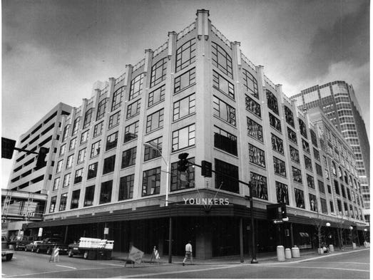 Looking back: 1978 Merle Hay Mall Younkers fire one of ...