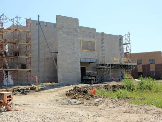 Construction of the new Bondurant-Farrar High School