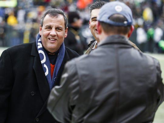 New Jersey Gov. Chris Christie wears a Dallas Cowboys