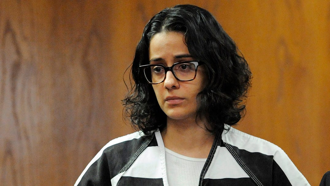 Former CCSD junior high teacher pleads guilty to two sex