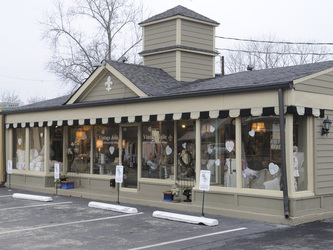 Get ready for romance and feminine home decor, gifts and apparel at one of my new favorite stores, Vintage Jolie.