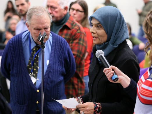 mequon muslim The number of muslims living in greater milwaukee is muslims in milwaukee: their voices by originally from pakistan, fozia ahmad, a mequon mother.