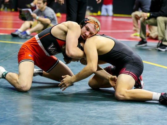 Joel Shapiro (Valley, WDM) grapples with Alex Streicher