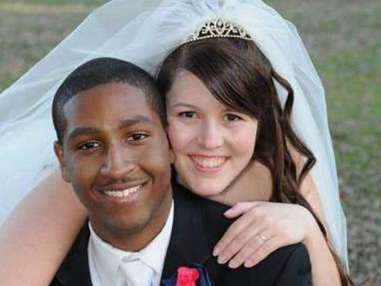 Weddings: Hillary Meyer & Dejujuan Nelson