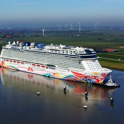 First look: Inside Norwegian Cruise Line's giant new ship