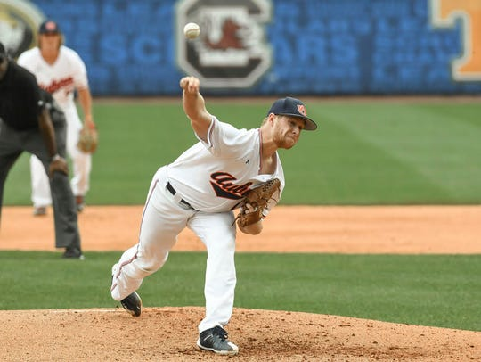 Auburn sophomore RHP Davis Daniel pitches vs Kentucky