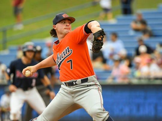 Auburn freshman pitcher Tanner Burns picks up the win