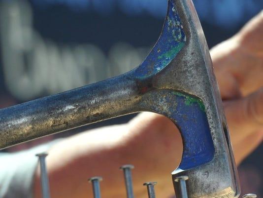 636251196067813331-hammer.JPG