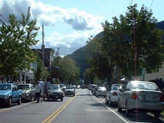 Cold spring street scene