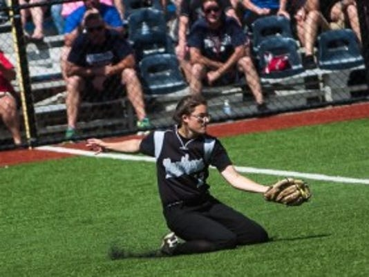 B-R right fielder Tiffany Mazzagatti makes a brilliant sliding catch to squelch a rally in Saturday's Group IV final