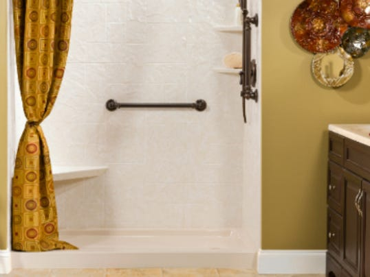 How to make your small bathroom look bigger for Bath remodel green bay wi