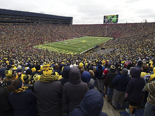 635918344824667719-AP-Ohio-St-Michigan-Football.jpg