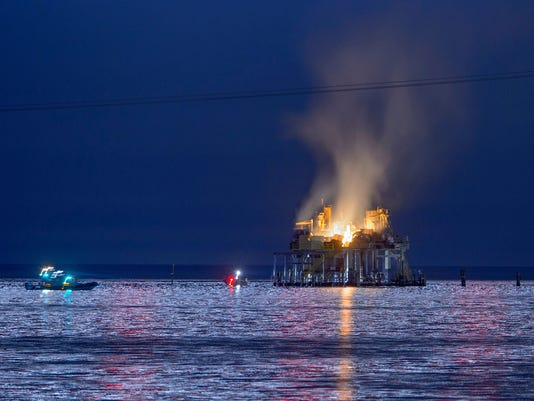 oil_rig_explosion_101617