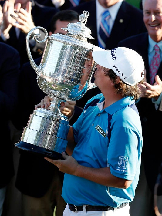 8-11-dufner-trophy-kiss