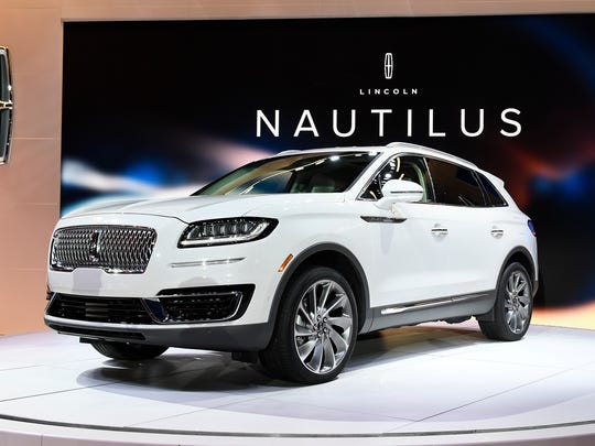 Lincoln unveiled the 2019 Nautilus at the 2017 Los