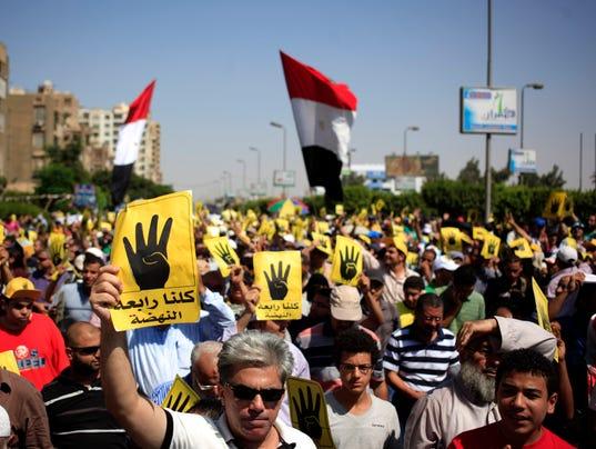 Morsi supporters rally