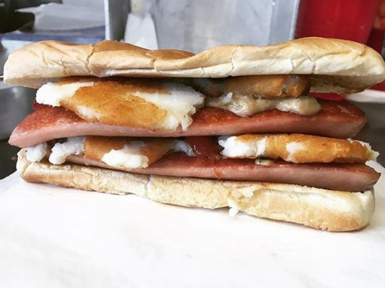Walter's Puffy Dogs will be one of several truck menu