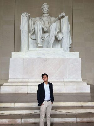 Irfan Kovankaya is a member of the University of Florida Class of '20. He attended Lincoln High School in Tallahassee.