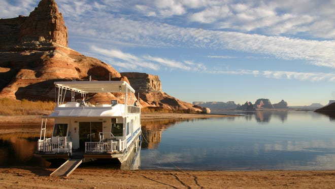 Renting a houseboat at Temple Bar Marina gives guests the opportunity to explore the less traveled areas of scenic Lake Mead.