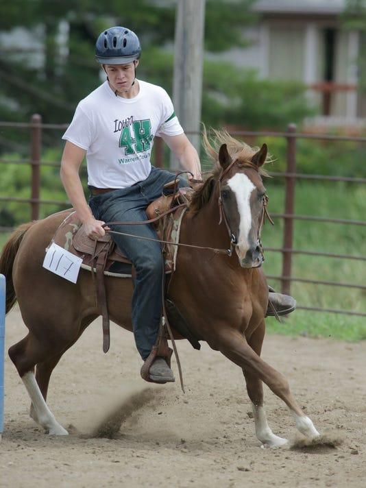 635733586751551216-nw.Fair-horses12