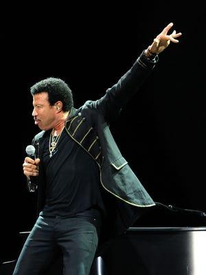 Lionel Richie performs at Bonnaroo 2014.
