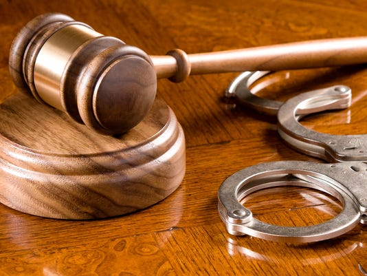 636644959665756886-Gavel-and-Cuffs.jpg