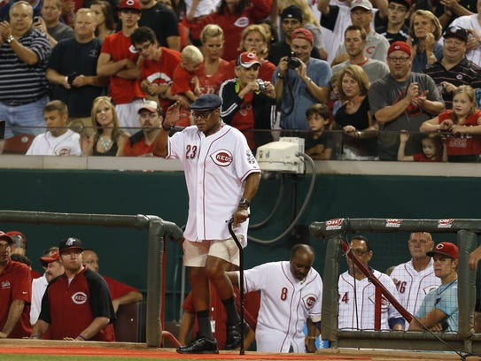 Former Reds great Lee May receives an ovation during