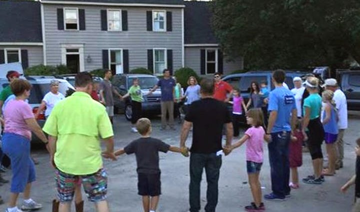 Community gathers in Forest Acres as cleanup efforts