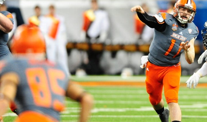 Quarterback Matt Johnson #11 of the Bowling Green Falcons