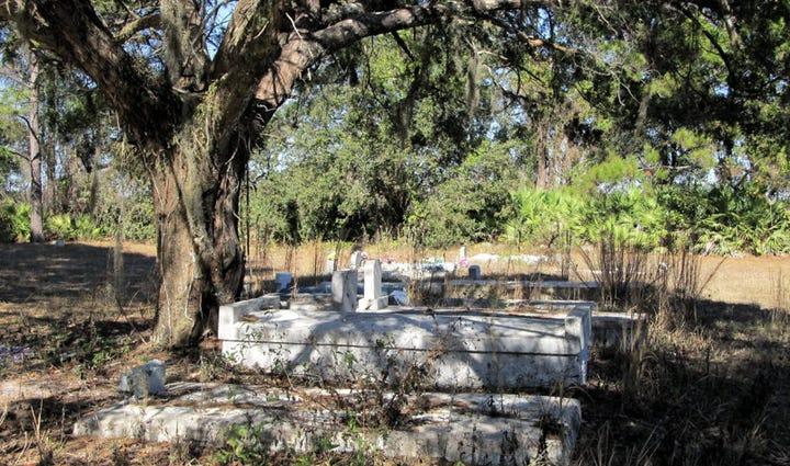 Gethsemane Baptist Church Cemetery, near Hastings,