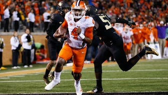 Clemson quarterback Deshaun Watson runs for a touchdown against Wake Forest.