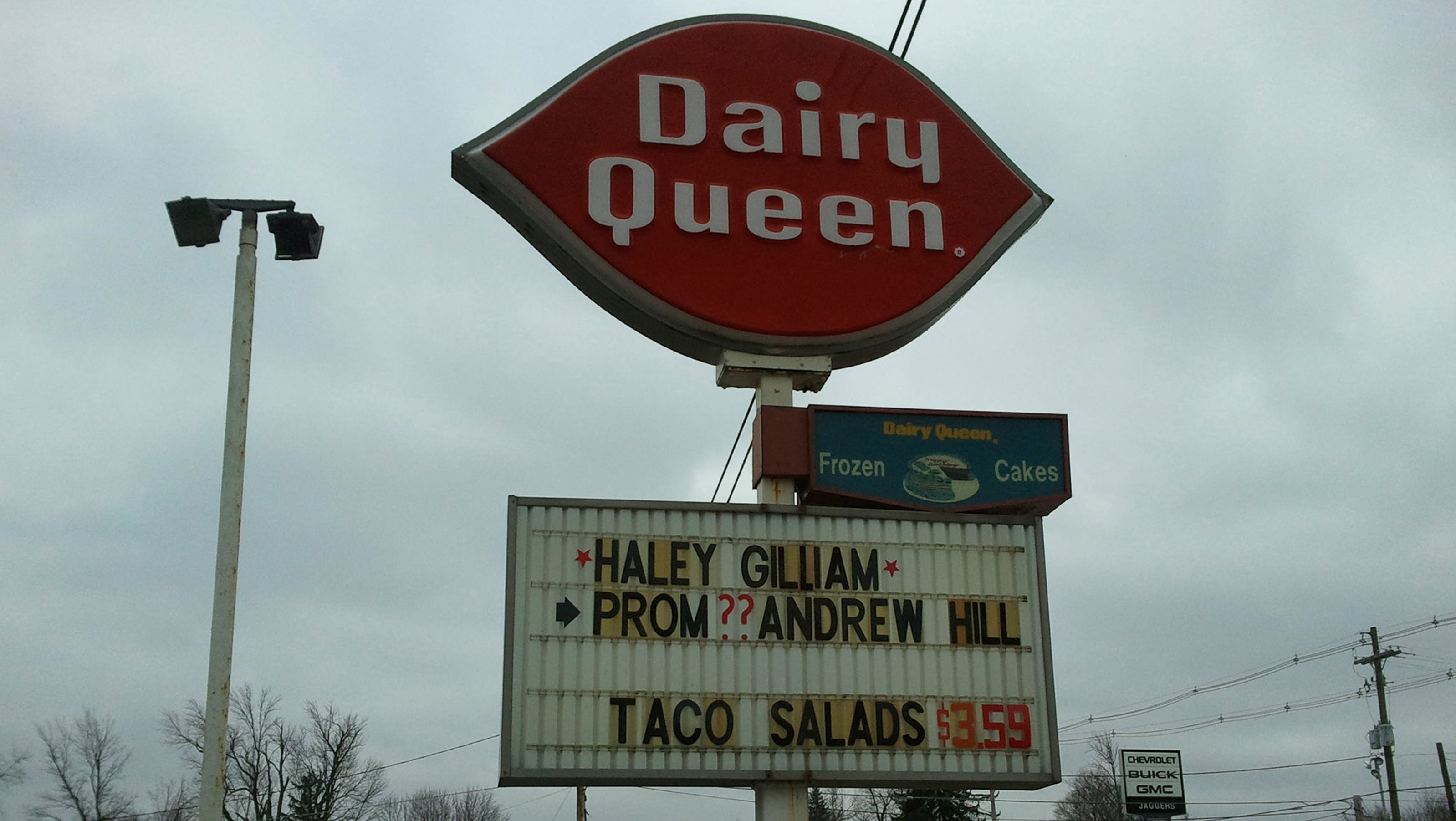 dairy queen worker u0026 39 s intervention nets royal treatment