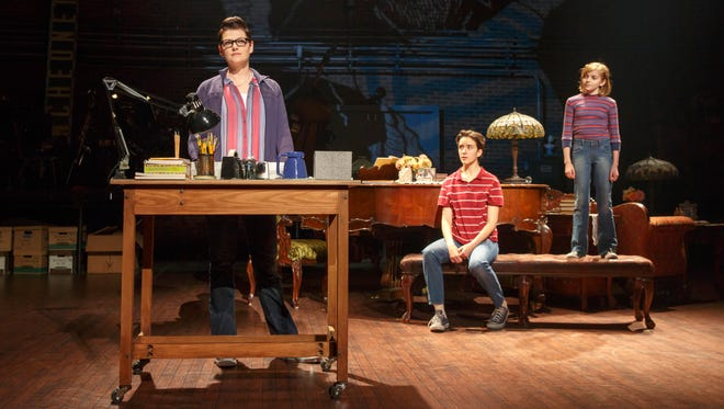 (From L) Kate Shindle as 'Alison,' Abby Corrigan as 'Medium Alison' and Carly Gold as 'Small Alison' in Fun Home