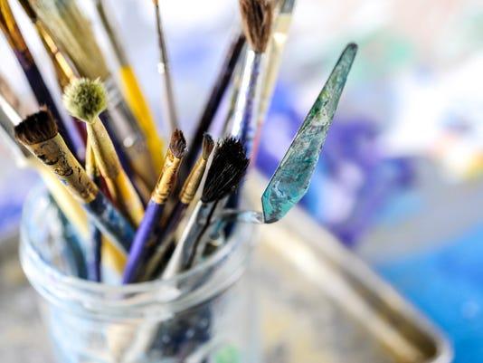636453191266267650-art-photo-brushes.jpg