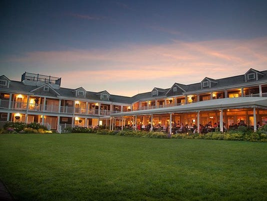 Brant-Point-Grill-Outside-Dining.jpg